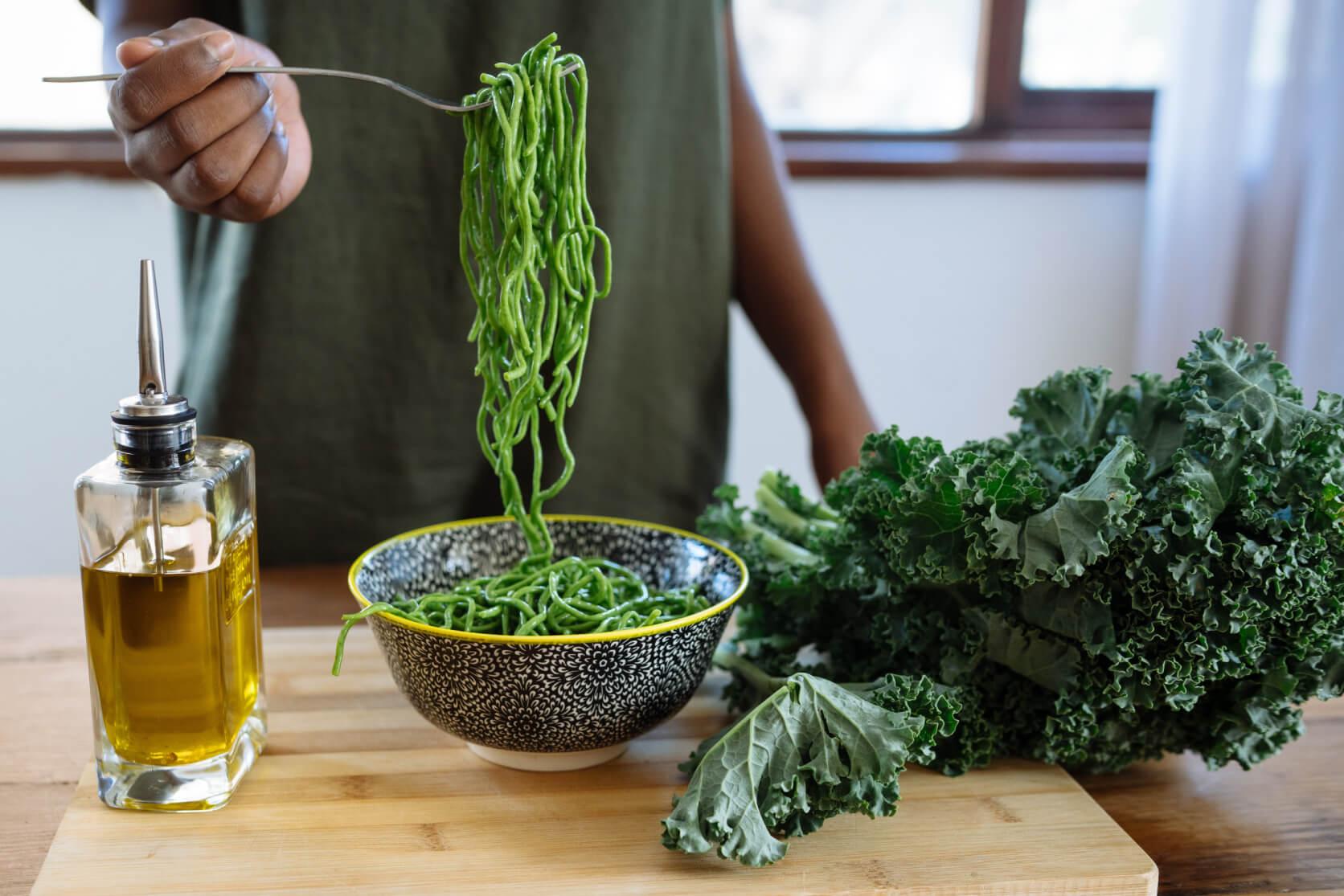 Degustare l'olio extra vergine da casa come un vero sommelier